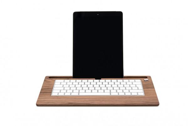 TabletTray aus Nussbaumholz