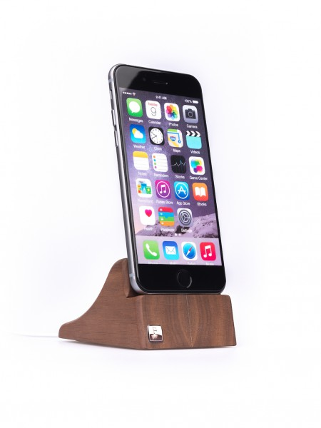 PhoneTray for iPhone 7 made out of Walnut wood